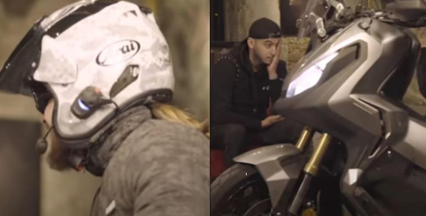 SCH stoppe une interview de Soso Maness en débarquant en scooter,